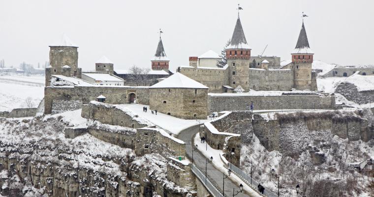 Тур по Украине: Новогодние Черновцы, Каменец, и не только
