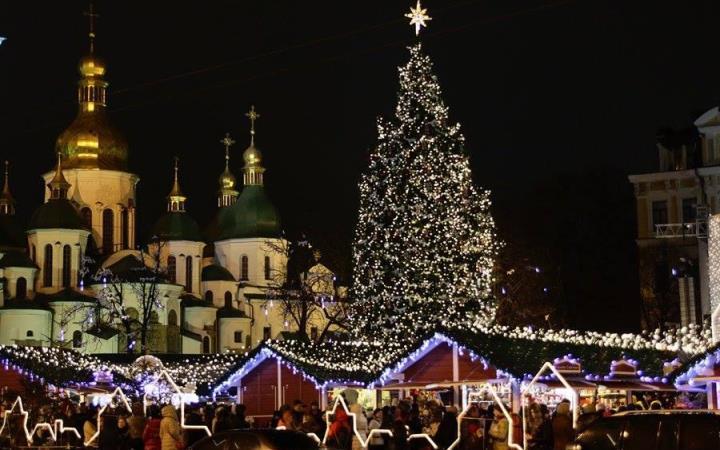 Киев. Елка на Софиевсой площади