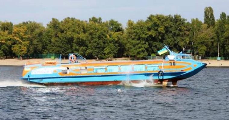 Экскурсия в Киеве: Водный полет в Межигорье