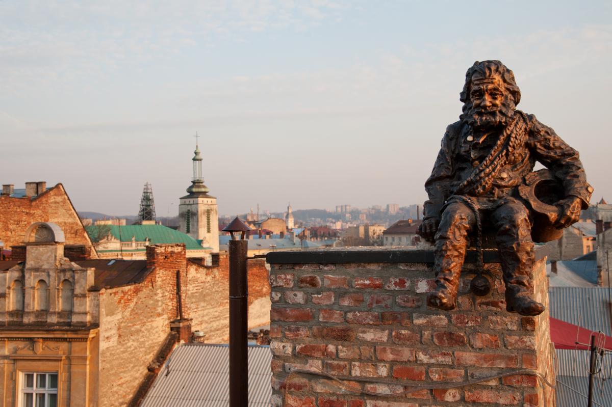 Тур по Украине: Львов автобусный