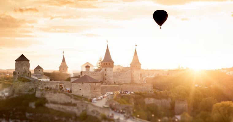 Тур по Украине: Золотая подкова Подолья: Каменец, Бакота, Хотин, Меджибож