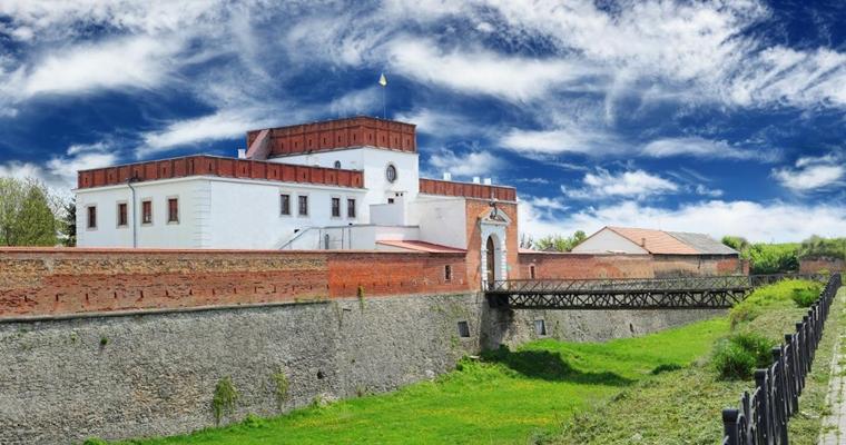 Легенды древних замков