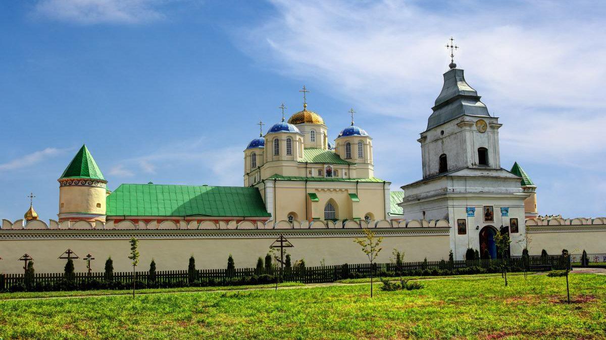 Тур по Украине: Легенды древних замков: Кременец, Острог и Дубно