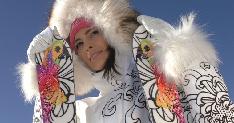 Элегантная женская лыжная куртка