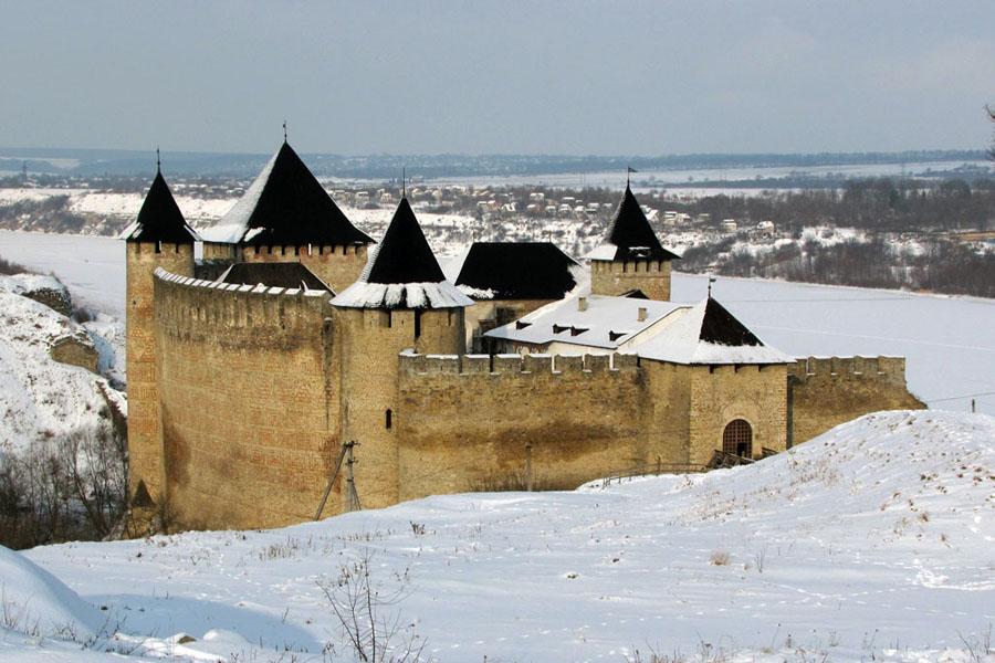 Тур по Украине: Новый год в Каменец-Подольском!