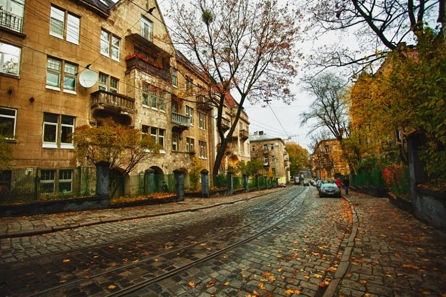 Тур по Украине: Золотая осень во Львове и тайны столицы Белых хорватов