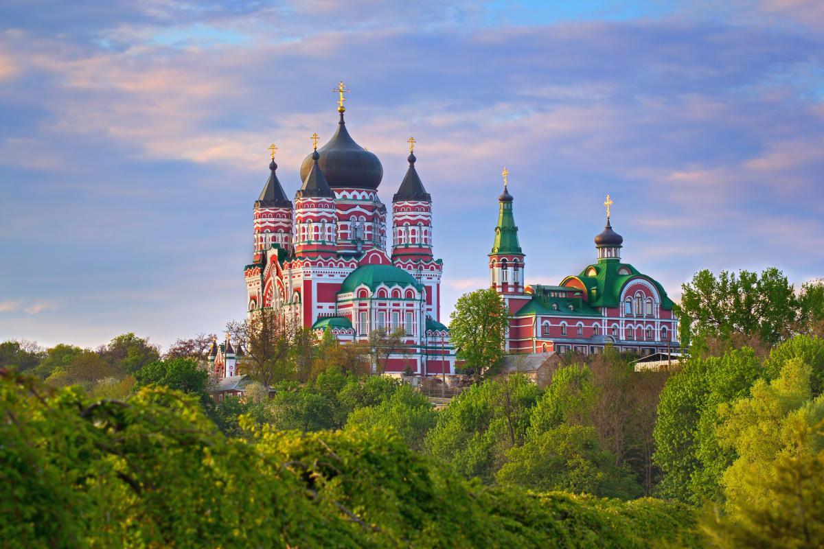 Экскурсия в Киеве: Экскурсия в Феофанию «Собор, в котором лечат души»