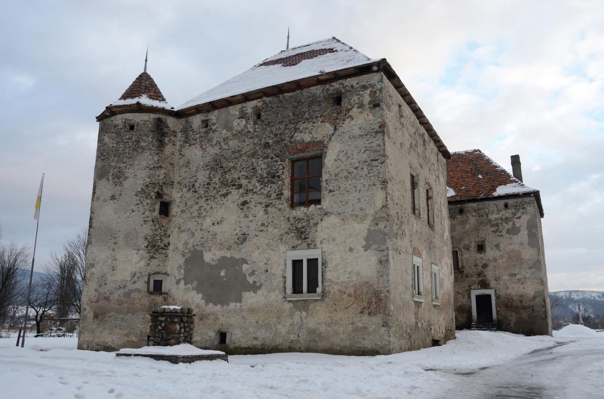 Замок Сент-Миклош, Чинадиево, Закарпатская обл.