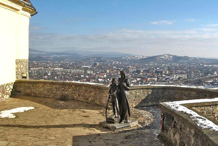 Тур по Украине: Новый год в Закарпатье - Лумшоры
