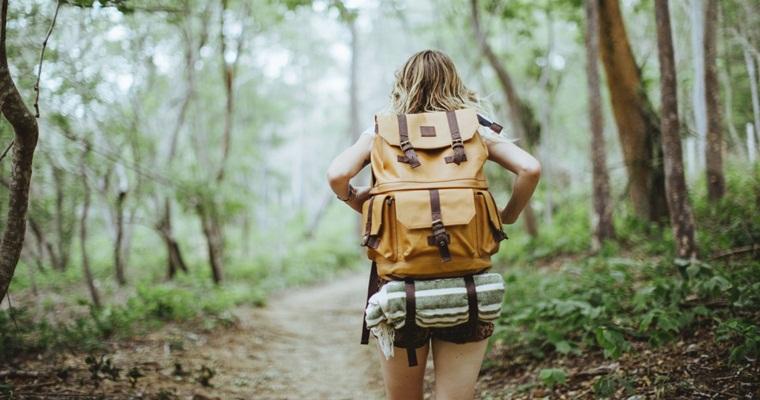 Собираемся в отпуск вместе с «Фокстрот»: выбираем рюкзаки и чемоданы для путешествий