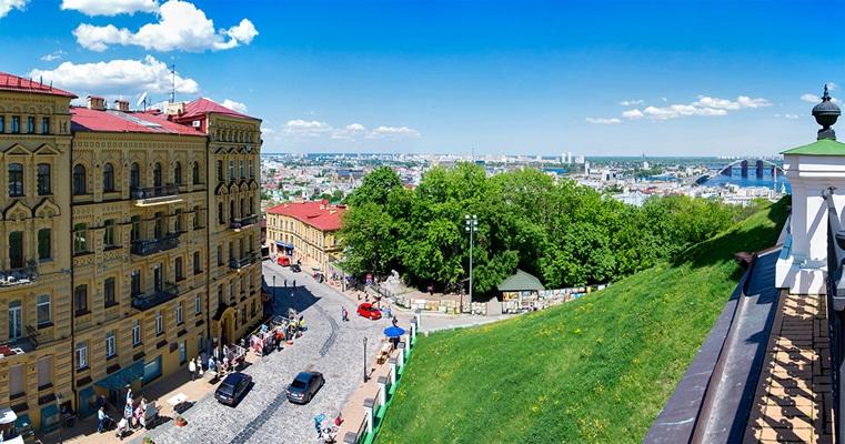 Обзорная площадка Андреевской церкви