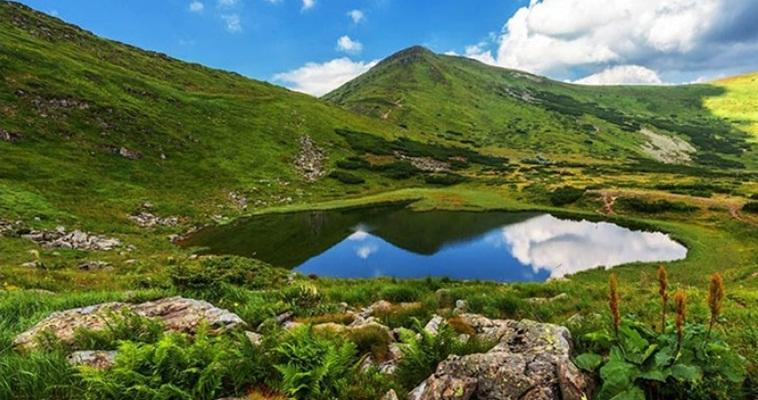 Тур по Україні : Похід по Чорногірському хребту