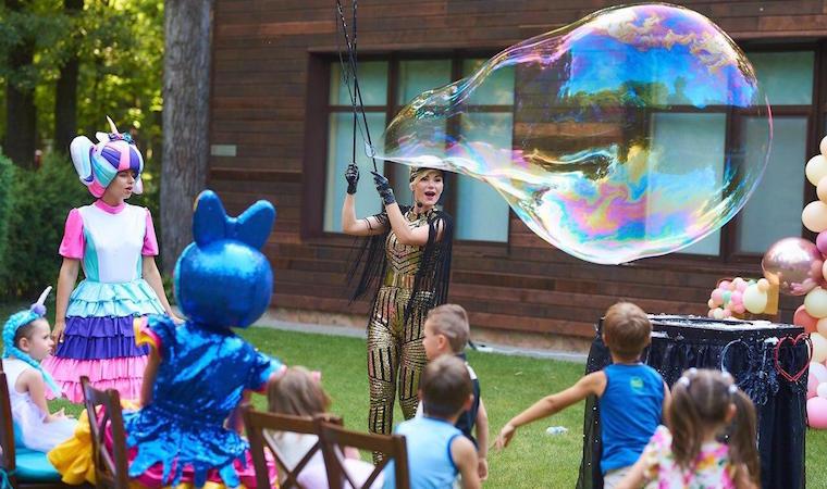 Выездное шоу мыльных пузырей