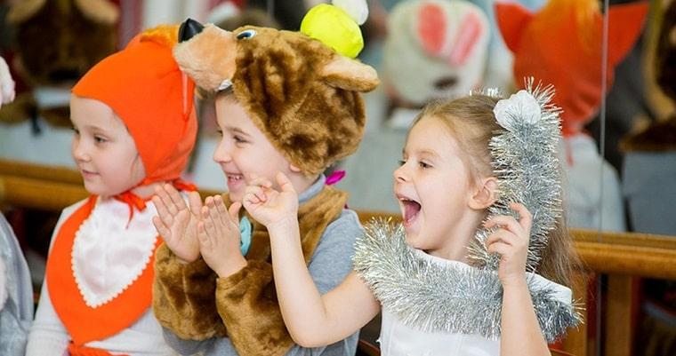 Новогодние праздники для детей фото